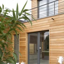 quels produits pour traiter le bois a l 39 exterieur painttrade. Black Bedroom Furniture Sets. Home Design Ideas